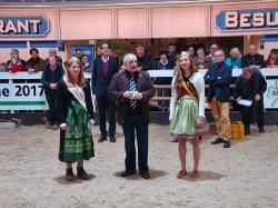 Halle25 Moderator  und Königinnen